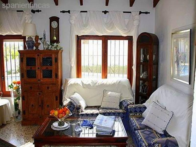 Sehr gepflegte villa finca 115 qm wohnzimmer 3 for 8 qm wohnzimmer