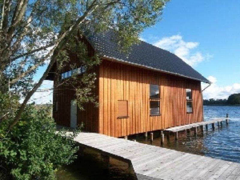 Schwerin: Traumhaftes Bootshaus ( Neubau - 8 x 16 Meter ) wie ...