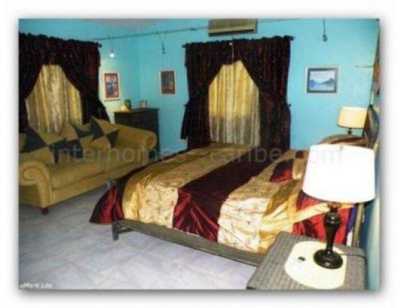 sosua villa mit f nf schlafzimmern meerblick und nur zwei gehminuten vom hauptstrand entfernt. Black Bedroom Furniture Sets. Home Design Ideas