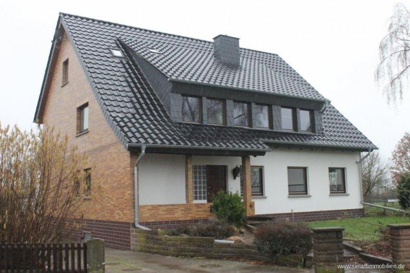 f r frisch verliebte neu renovierte dachgeschosswohnung homebooster. Black Bedroom Furniture Sets. Home Design Ideas