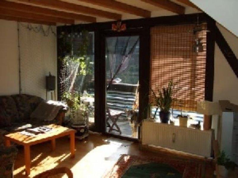 traumhaft sch ne und ger umige 4 zimmer wohnung mit sonnen balkon in spiekershausen homebooster. Black Bedroom Furniture Sets. Home Design Ideas