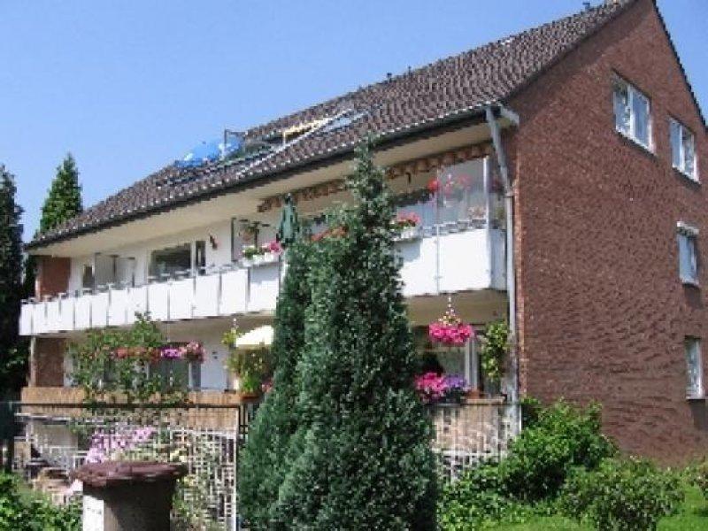 Ruhig Gelegene 3 Zimmer Wohnung Mit Süd Balkon In Meerbusch Strümp